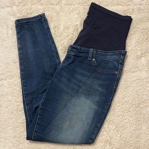 Thyme Maternity Size Large Skinny Jeans